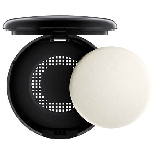 MAC Cosmetics Studio Waterweight Powder/Pressed
