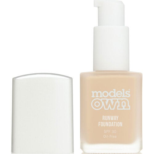 Models Own Runway Foundation SPF 30